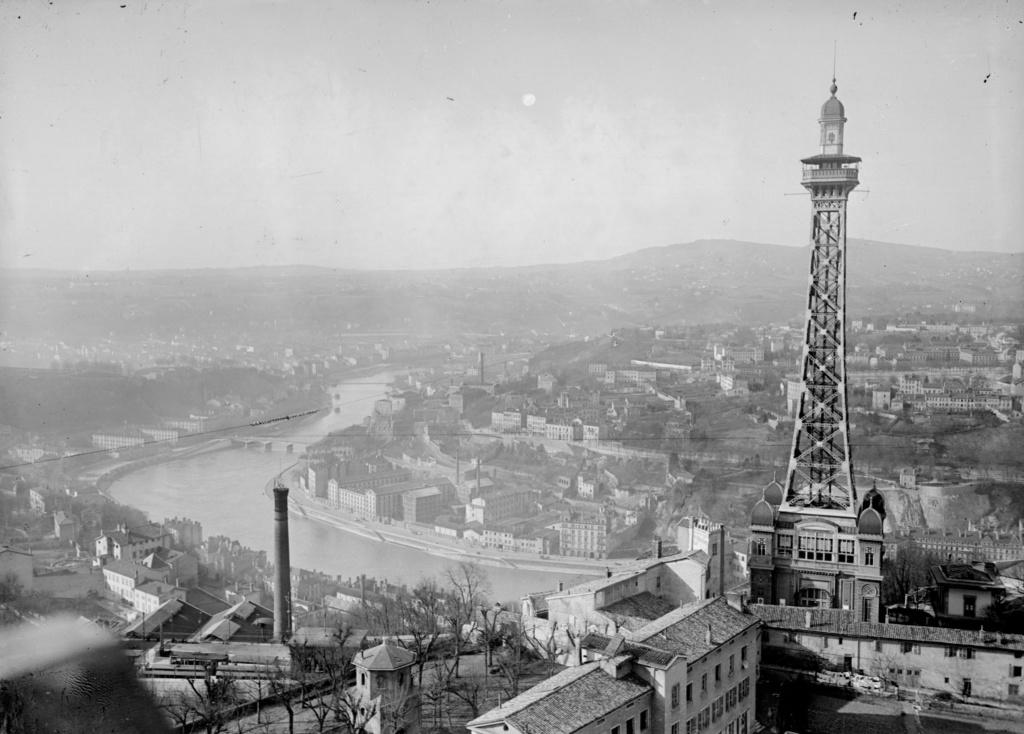 Металлическая башня Фурвьер